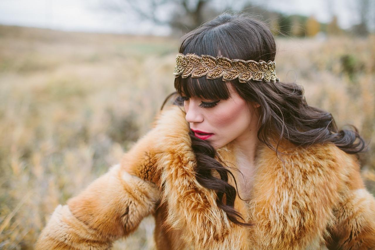 Llega el invierno y la piel está de moda ¡Saca tus prendas ya!